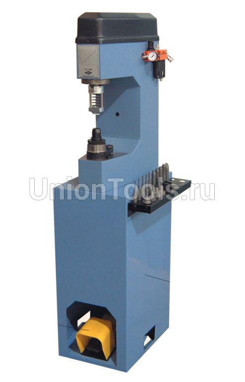 Гидропневматический клепальный станок CC 300