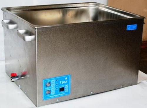 Ультразвуковая ванна объемом 56,0 литра с подогревом моющей жидкости и цифровым управлением